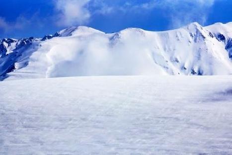 黑部立山雪壁5日【雙向】