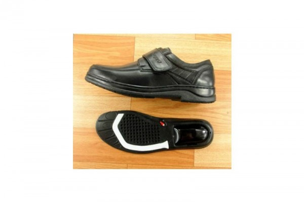 自動排氣循環的氣墊鞋