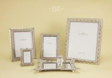 銀色蕾絲裝飾禮盒